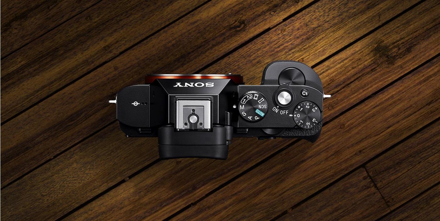 cad9dc331569d Câmara Full Frame de Qualidade DSLR com E-Mount a7R   Sony PT