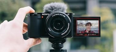 Tirar uma selfie com o produto com o ecrã inclinado aberto
